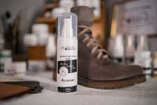 Защитная спрей-пропитка для обуви MAVI STEP Leather Protection Spray,